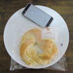 ミニストップの「もち食感チーズリングパン」